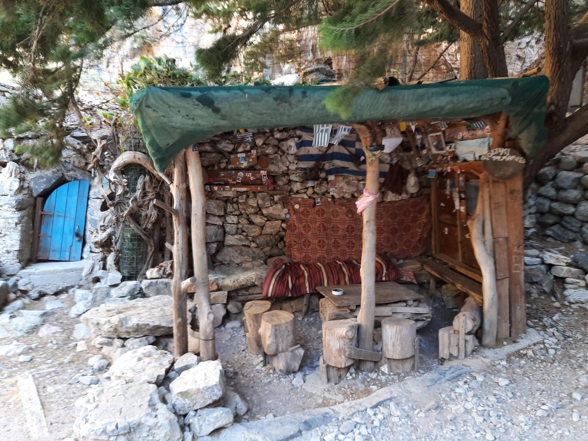 Zdjęcia: Imbros, Południowa Kreta , Gościu, siądź pod mym dachem , GRECJA