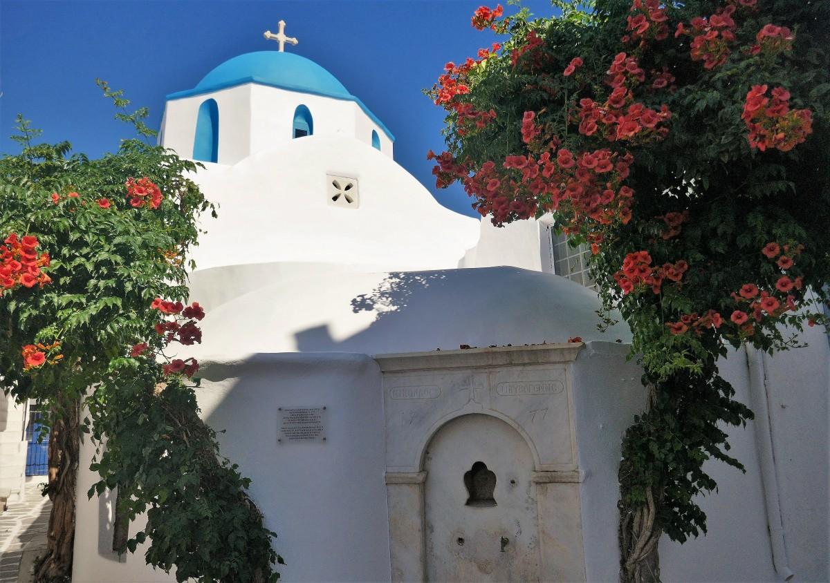 Zdjęcia: Wyspa Paros, Cyklady, Urok greckich kościołów _ Chora, GRECJA
