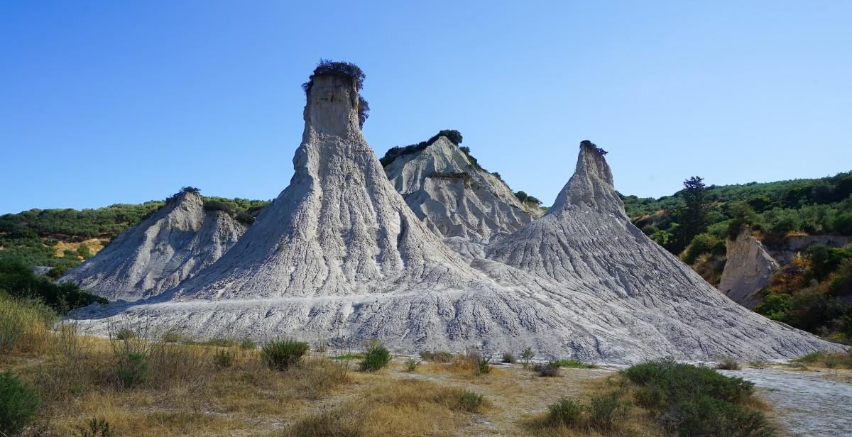 Zdjęcia: Potamida, Kreta, Komolithi - ziemne piramidy, GRECJA