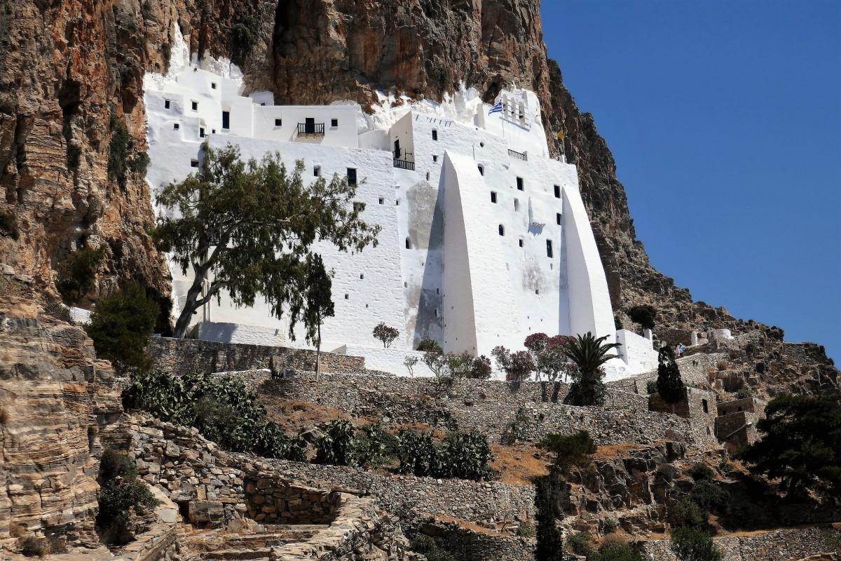 Zdjęcia: Wyspa Amorgos, Cyklady, Hozoviotissa - klasztor na stromych klifach Amorgos, GRECJA