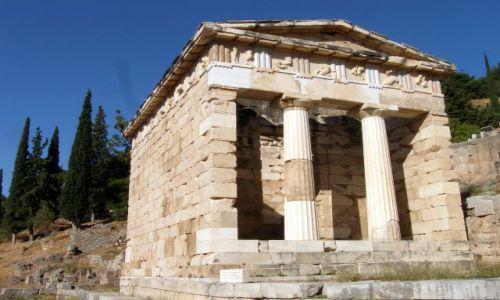 Zdjęcie GRECJA / - / Delfy / Skarbiec Atenczyków
