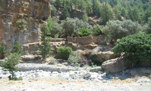 GRECJA / - / Kreta / Ruiny wsi  Samaria w wąwozie o tej samej nazwie