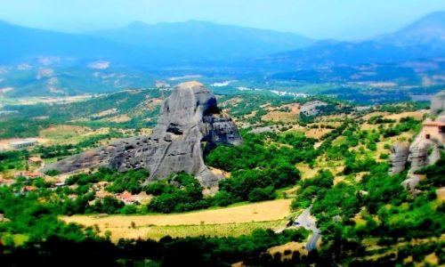 Zdjęcie GRECJA / Kalampaka / Kalampaka / Równina z górą