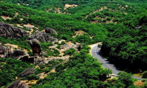 Zdjęcie GRECJA / Kalampaka / Kalampaka / Równina z górą 1