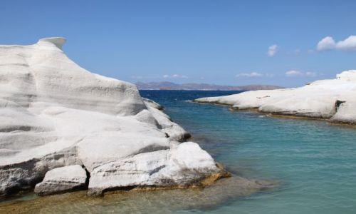 Zdjęcie GRECJA / Cyklady Milos / Sarakiniko / Białe skały