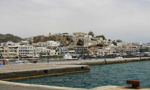 GRECJA / Cyklady / Naksos / widok na port
