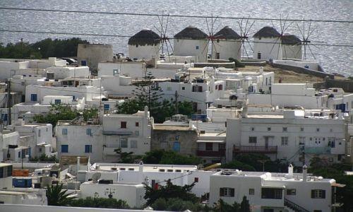 GRECJA / Cyklady / Mykonos / widok na centrum miasta