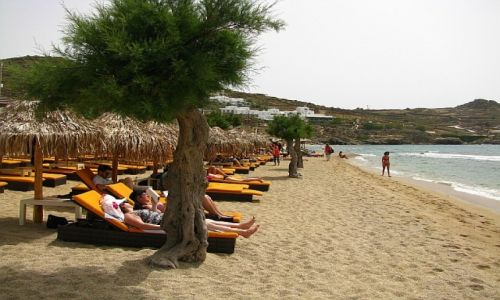 GRECJA / Cyklady / Mykonos / plaża Paradise