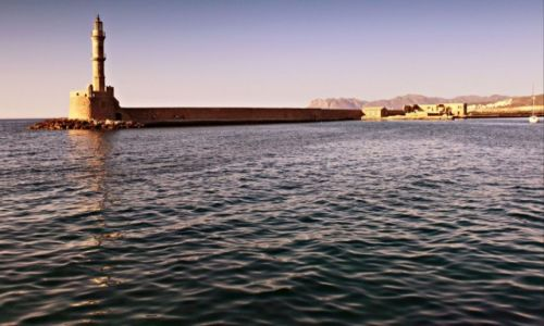 Zdjecie GRECJA / Kreta Zach. / Chania. / Latarnia morska