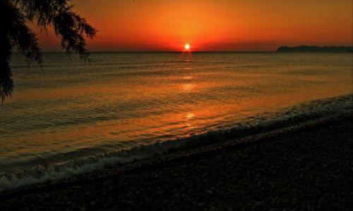 Zdjęcie GRECJA / Kreta Zach. / Tavronitis.-Region Chania / Medytacja w słońcu.