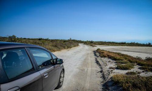 GRECJA / Saloniki / Epanomi / Droga do spiczastej plaży koło Epanomi