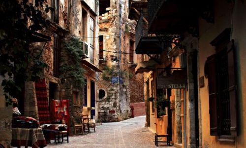 Zdjęcie GRECJA / Kreta Zach. / Chania. / Wąskie uliczki z małymi sklepikami.