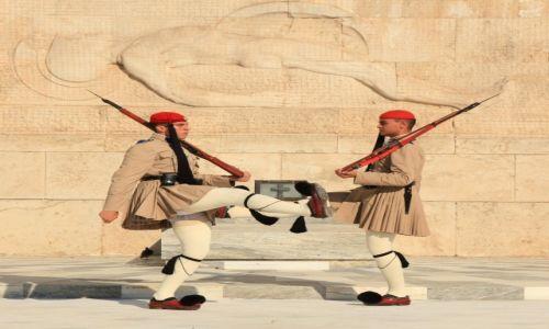 Zdjęcie GRECJA / Ateny / Plac Sindagma / Zmiana Warty przy Grobie Nieznanego Żołnierza
