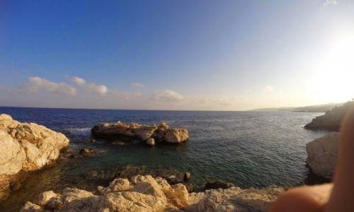 GRECJA / - / Rodos / wielka skała w Amiros Skala