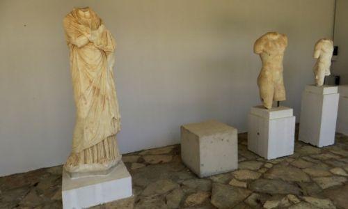 Zdjęcie GRECJA / Kreta / Gortyna / rzymskie rzeźby