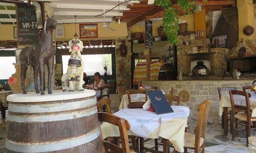 Zdjęcie GRECJA / Kreta / Fajstos / wiejska tawerna
