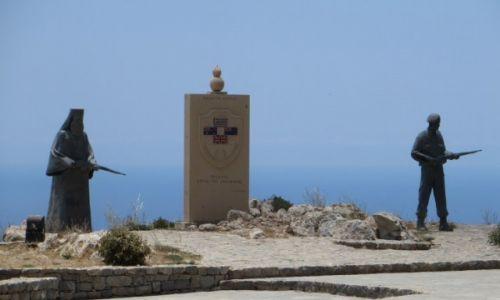 Zdjęcie GRECJA / Kreta / okolice klasztoru Preveli / pomnik Obrońców Krety