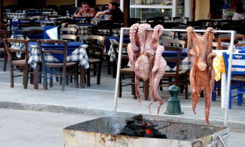 Zdjecie GRECJA / Morze Egejskie / Poros / Lunch