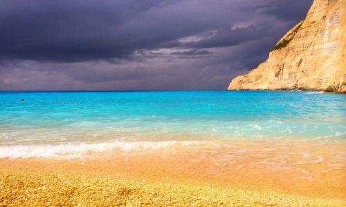 Zdjecie GRECJA / Zakynthos / Navagio Beach / Odcienie błękitu