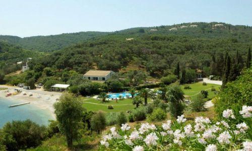 Zdjęcie GRECJA / Corfu / Kassiopi / Widok na hotel Bella Mare
