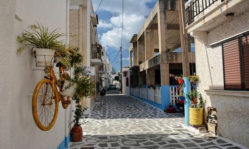 Zdjęcie GRECJA / Kos / Kardamena / uliczka w Kardamenie