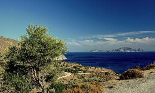GRECJA / Nisyros / Avlaki / widok na wyspę Tilos