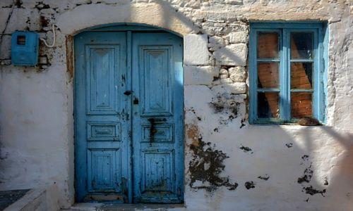 Zdjęcie GRECJA / Dodekanez / Nisyros / drzwi