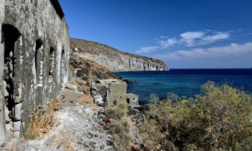 Zdjecie GRECJA / Nisyros / Avlaki / Avlaki-opuszczony port
