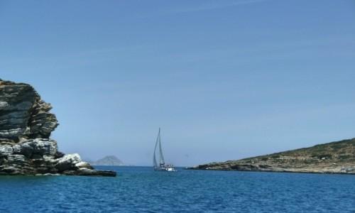 GRECJA / Morze Egejskie / Zatoka Saro�ska / Samotny �agiel
