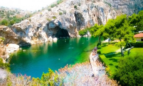 GRECJA / ateny / ateny / Jezioro Vulagmenis