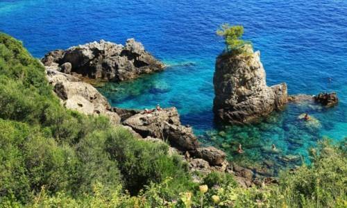 Zdjecie GRECJA / Korfu / Paleokastritsa, La Grotta Bay / Rajskie zakątki
