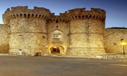 Zdjecie GRECJA / Rodos / Port Mandraki  /  Pałac Wielkich Mistrzów