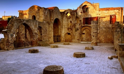 GRECJA / Rodos / Stare Miasto-Rodos / Pozosta�a tylko historia.