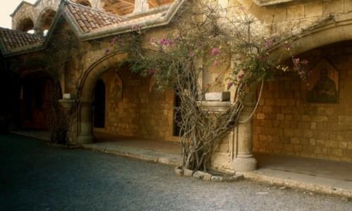 GRECJA / Rodos / Wzg�rze w okolicy Ialyssos, / Klasztor Filerimos
