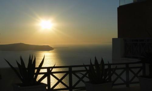 GRECJA / Santorini / Fira / Santoryński zachód słońca