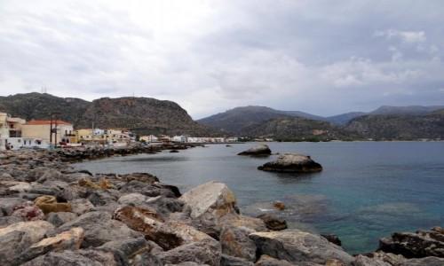 GRECJA / Kreta / Paleochora / Pochmurny dzień nad morzem.
