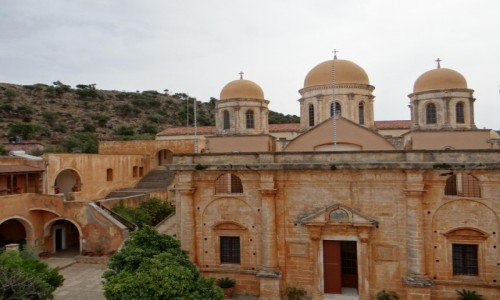 GRECJA / Kreta / Półwysep Akrotiri / Migawki z Krety - klasztor Agia Triada.