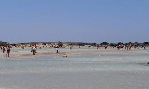 GRECJA / Kreta / Elafonissi / Rajska plaża Elafonissi.