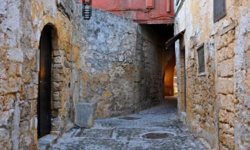 Zdjęcie GRECJA / Rodos / Stare miasto w Rodos / Uliczka