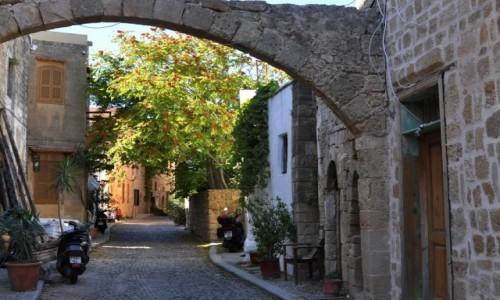 GRECJA / Rodos / Stare miasto w Rodos / Zaułki Starego Miasta