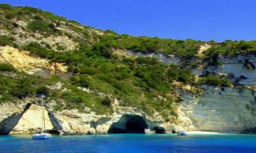GRECJA / Morze Jońskie / okolice Paxos i Antipaxos / Błękitna grota