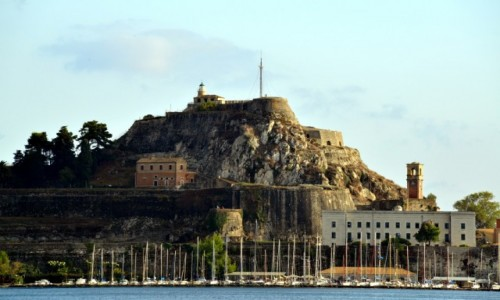 Zdjecie GRECJA / Korfu miasto / Korfu wyspa / Twierdza widziana ze statku