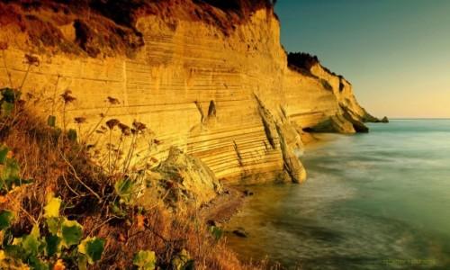 Zdjecie GRECJA / Korfu / Peroulades / Logas Sunset-klify