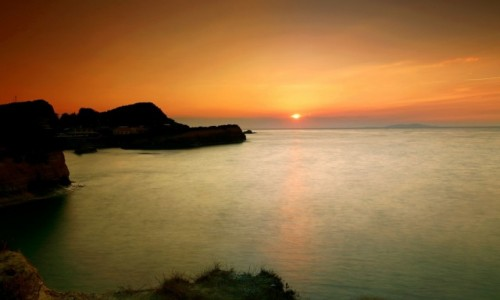 Zdjecie GRECJA / Korfu / Sidari / Złota godzina nad klifem
