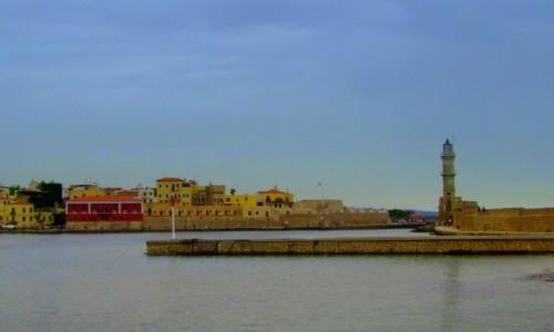 GRECJA / Kreta Zachodnia / Chania / Latarnia morska przebudowana przez Egipcjan