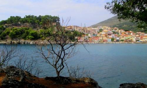 Zdjecie GRECJA / Epir / Parga / Parga z perspektywy wyspy