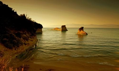 Zdjęcie GRECJA / Korfu / Sidari / Wybrzeże z klifami .