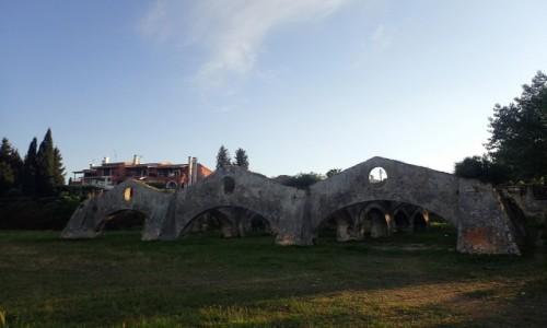 GRECJA / Korfu / Port w Korfu / Ruiny portu weneckiego w Gouvia - Korfu