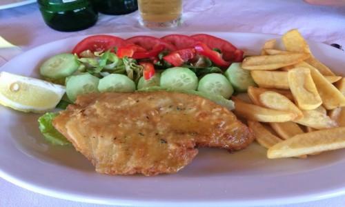 GRECJA / Korfu / Korfu / Danie z rybą.