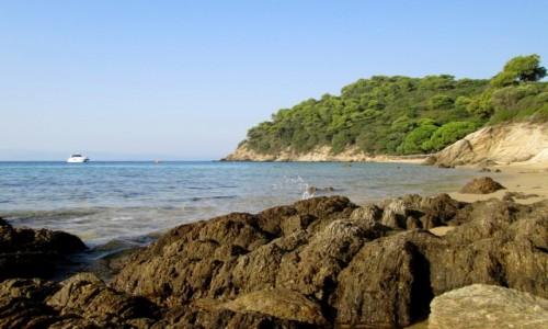 Zdjecie GRECJA / Sporady Północne / Skiathos - okolice Koukounaries / Skałki na ulubionej plaży